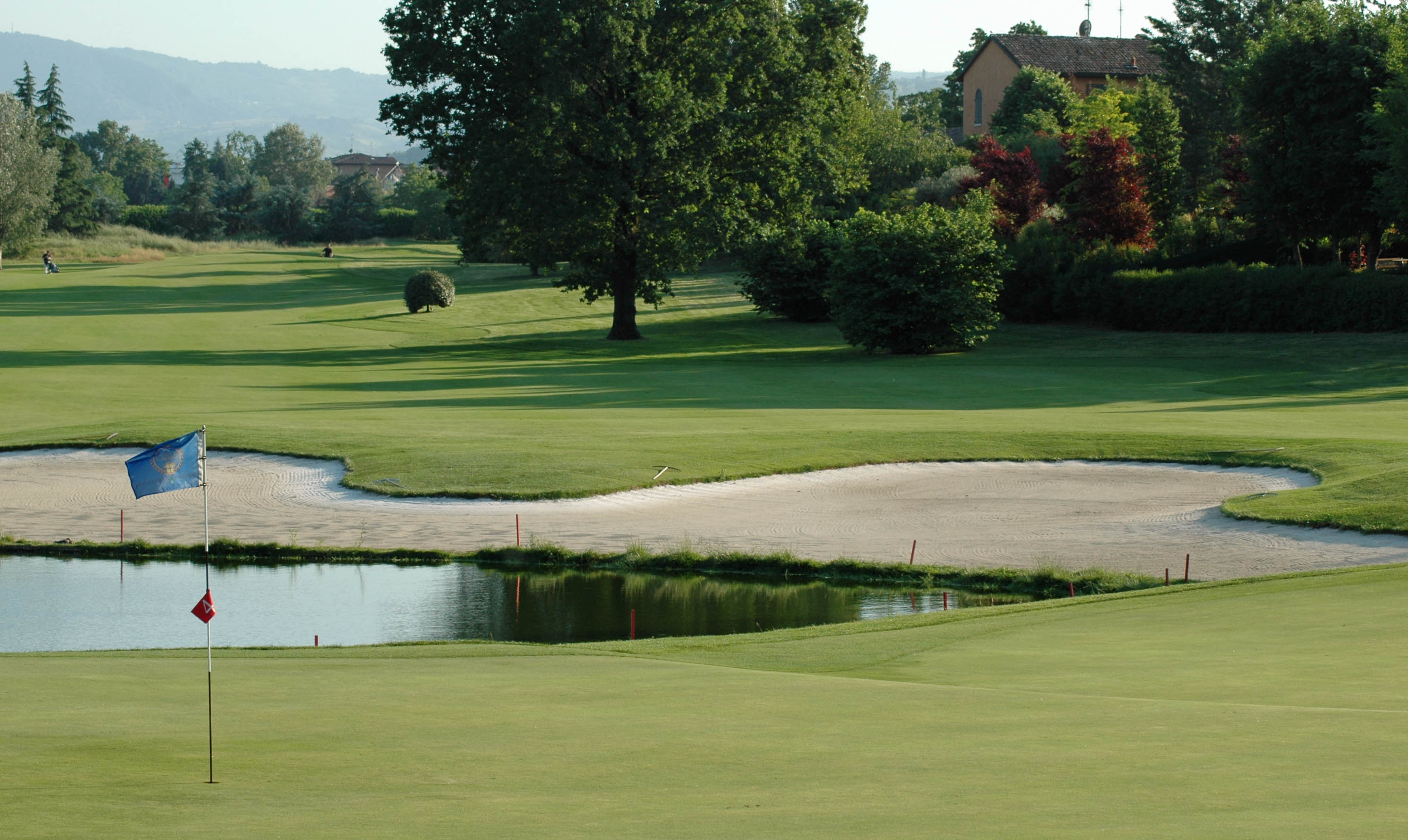 Modeno Golf and Country Club - 4th Green